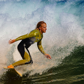 Attention j'arrive ! by Gérard CHATENET - Sports & Fitness Surfing (  )