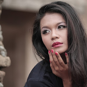 by Gesit Pinanjaya - People Portraits of Women