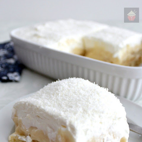 Dreamy Coconut and Pineapple Dessert