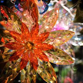 Pretty Light Catcher by Mill Tal - Artistic Objects Glass