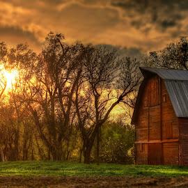 Red Barn by DE Grabenstein - Buildings & Architecture Other Exteriors ( nebraska )