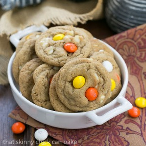 M&M White Chocolate Macadamia Nut Cookies