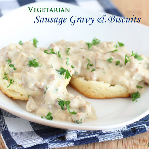 Vegetarian Sausage Gravy and Biscuits (+ Win a $100 Visa Gift Card!)