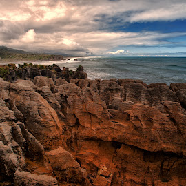 Punakaiki  by Stanley P. - Landscapes Travel ( piles, rocks, nea zealand )