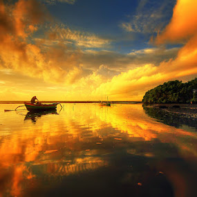 sunrise at tuban by Tut Bolank - Landscapes Weather ( bali, kuta, tuban, sunset, sunrise, kuta beach )