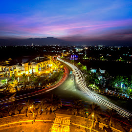 sunny afternoon by Tha Wilo - Landscapes Sunsets & Sunrises ( wide angle, sunset, street, landscape, slow shutter, nightscape, city )