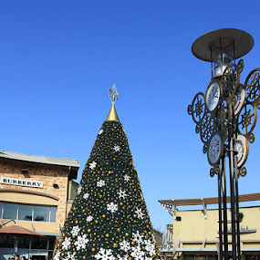 Yeoju Premium Outlet by Samuel Yap - City,  Street & Park  Markets & Shops