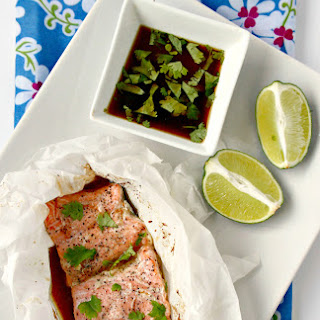Salmon en Papillote with Ginger and Sesame Sauce