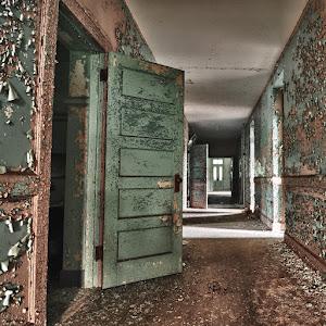 rechten_NPDC04-doors_900px.jpg