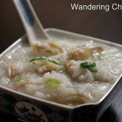 Chao Oc (Vietnamese Rice Porridge with Clams)