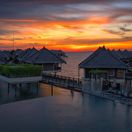 fire in the sky by Vijay Tripathi - Landscapes Sunsets & Sunrises ( malaysian, resort weddings, waterscape, serenity, sunsets, cloudscape )