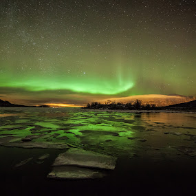 aurora and iced sea by Benny Høynes - Landscapes Starscapes ( canon, 5dmk2, green, aurora, boreoalis, bennyhoynes )