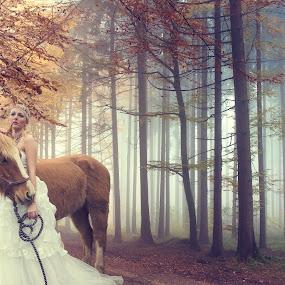 B-ride by Natalie Houlding - Wedding Bride