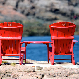 waiting for by Jean-Pierre Machet - Artistic Objects Furniture ( nature, chairs, color red )