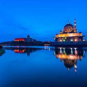 Sunrise Masjid Putra by Nazeri Mamat - Landscapes Sunsets & Sunrises