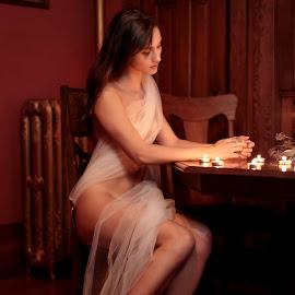 Zoe Ivy III by Xavier Wiechers - People Portraits of Women