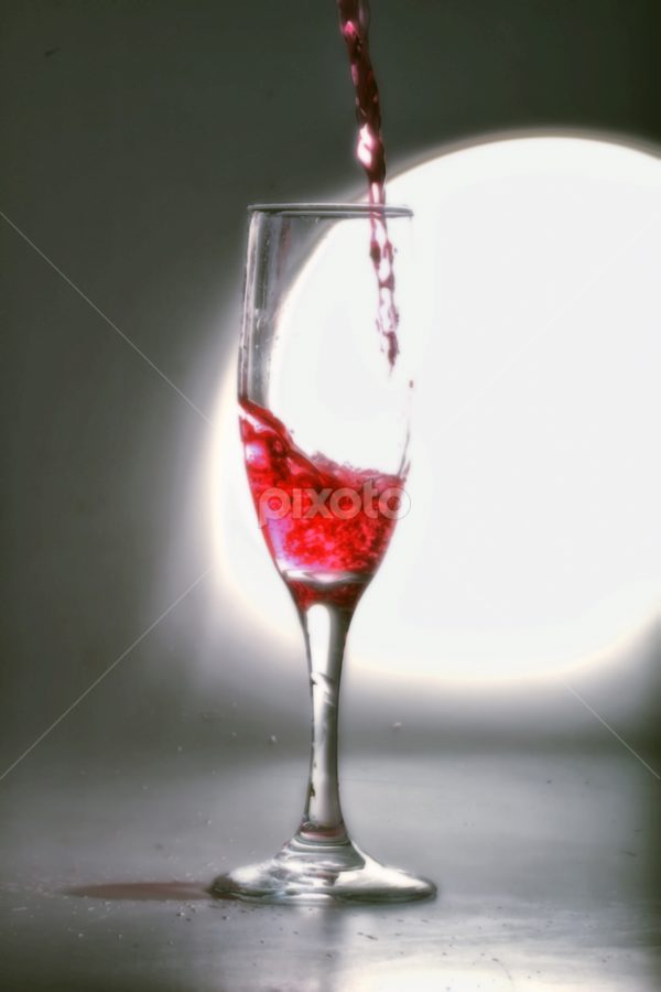 pouring red.... by Ismed  Hasibuan  - Food & Drink Alcohol & Drinks