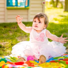 Happiness by Bogdan T. Fotografie - Babies & Children Child Portraits ( birthday, girl, outdoor, little, children, baby, phto )