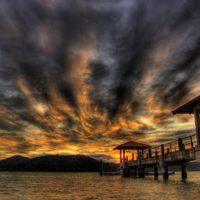 HDR by 3rd eye Monster - Landscapes Cloud Formations