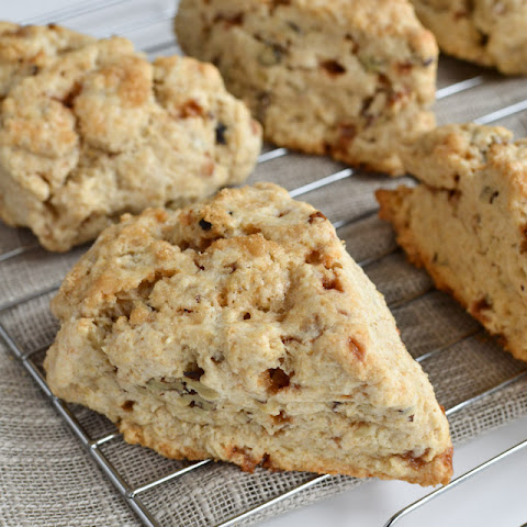 Skor Toffee Scones with Walnuts 8 large scones