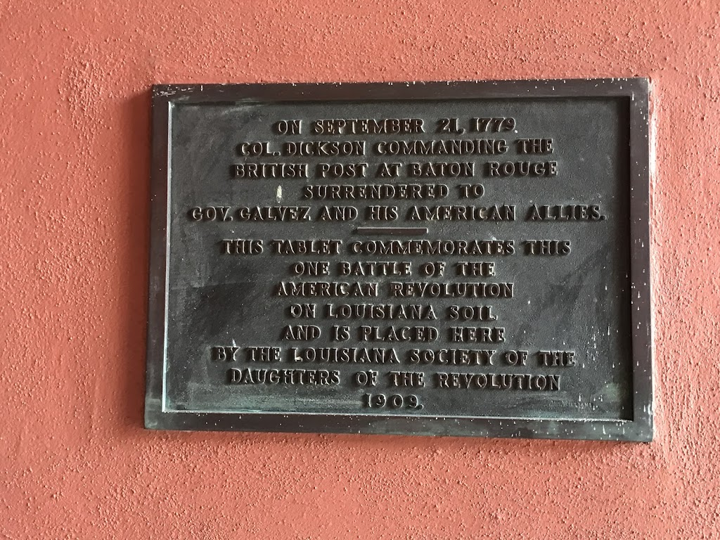 On September 21, 1779Col. Dickson commanding theBritish post at Baton RougeSurrendered toGov. Galvez and his American Allies. This tablet commemorates thisOne battle of theAmerican RevolutionOn ...