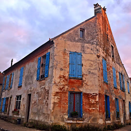House in Jambville by Dobrin Anca - Buildings & Architecture Other Exteriors ( contrast, blue, jambville, street, house )