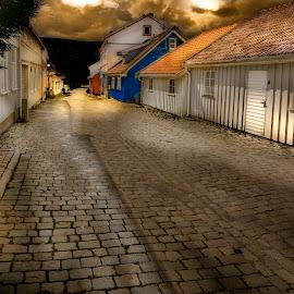 Streetpicture by Geir Blom - City,  Street & Park  Neighborhoods ( old house, houses, sunset, street, cobblestone )