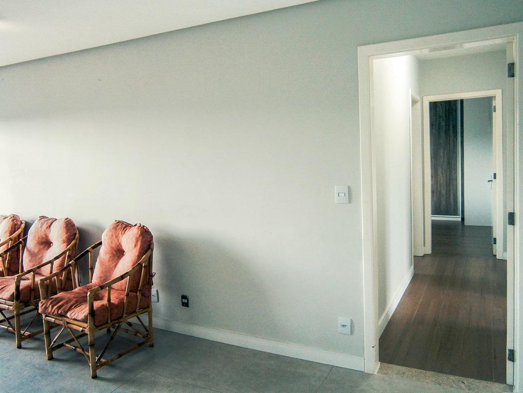 Apartamento Duplex de 3 dormitórios à venda em Hamburgo  Velho, Novo Hamburgo - RS