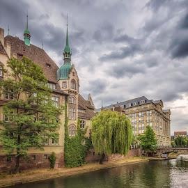by Ole Steffensen - City,  Street & Park  Vistas ( high school, france, alsace, river ill, lycée international des pontonniers, strasbourg )