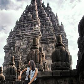 Prambanan Temple by Ge Yonk - Buildings & Architecture Public & Historical ( roro jongrang, rakai pikatan, wisnu temple, prambanan, largest hindu temple )