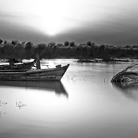B5 by Abdul Rehman - Black & White Landscapes ( natural, nature, pakistan, river, multan )