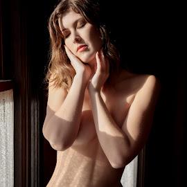 Sienna II by Xavier Wiechers - Nudes & Boudoir Artistic Nude