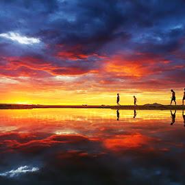 fire sunrise by Trang Nguyen - Landscapes Sunsets & Sunrises ( mountain, exercise, sea, travel, beach, seascape, landscape, people )