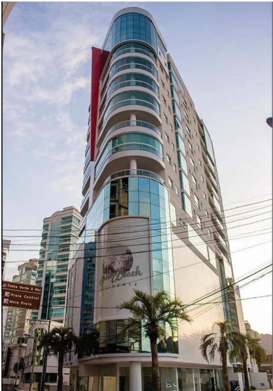 Apartamento semi mobiliado pra   venda, Centro, Itapema.