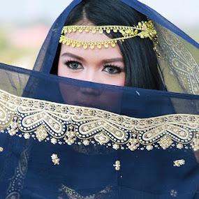 Beauty in Hijab by Adi Mumun'k - People Portraits of Women ( model, lia natalia, beauty, hijab, eyes )