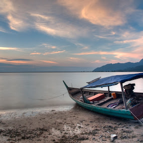 Leave me by Ariff Ismail - Landscapes Beaches