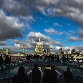 St. Pauls & Bridge by Sam Shoesmith - Instagram & Mobile iPhone ( thames, london, st. pauls, millennium bridge, bridge )