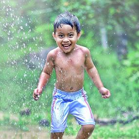 Jump and smile... by Syafizul  Abdullah - Babies & Children Children Candids