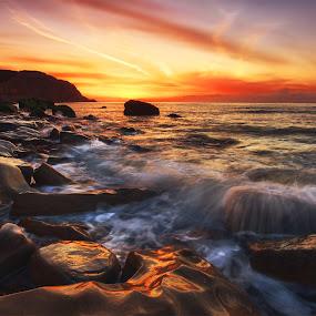 Sunsplash by Mark Leader - Landscapes Sunsets & Sunrises ( clouds, sky, waves, east sussex, sunrise, hastings, rocks, coast )