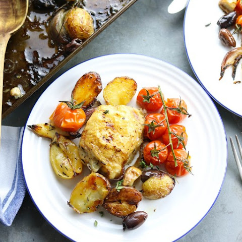 Lemon & Garlic Chicken Tray Bake