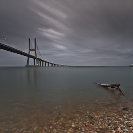 Summer Rain by António Leão de Sousa - Buildings & Architecture Bridges & Suspended Structures ( ponte vasco da gama )