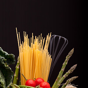 Vegetables And Spaghetti by eZeepics Studio - Food & Drink Ingredients ( grocery, raw, italian, cuisine, diet, tomato, pepper, fiber, pot, ingredients, spaghetti, fresh, antioxidant, cooking, vegetarian, ingredient, italy, onion, green, table, pasta, culinary, health, asparagi, dinner, nutrients, vegan, nutrition, red, cabbage, food )