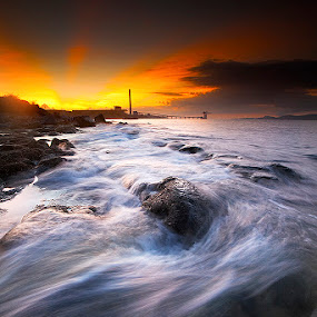 waves and rays by Carlos David - Landscapes Waterscapes