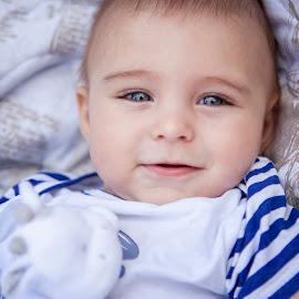 Niki by Anna Anastasova - Babies & Children Child Portraits ( blue, little boy, blue eyes, boy, portrait )
