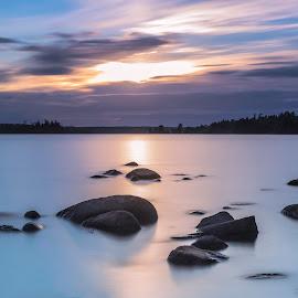 A calm sunset  by Kapten Sjöskum - Landscapes Waterscapes ( sweden, nature, waterscape, sunset, lake, landscape, rocks, fotonavsjoskum )