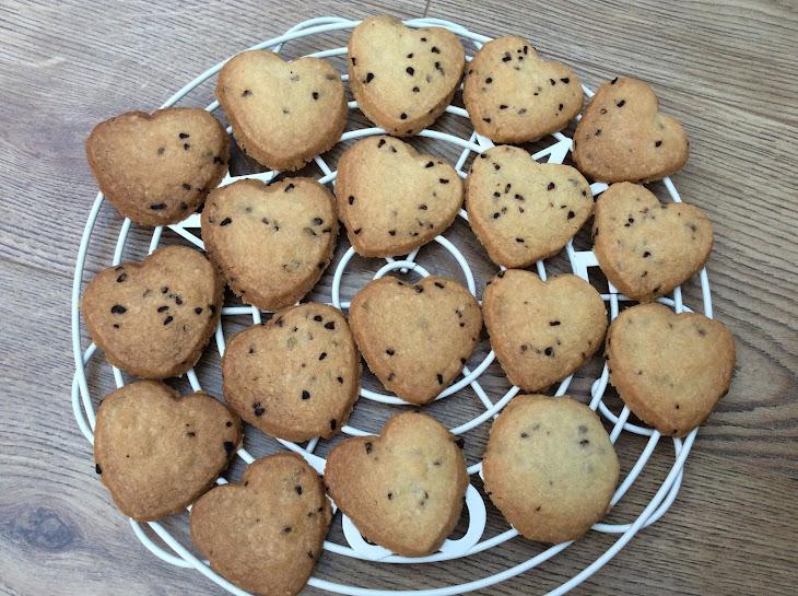Raspberry Shortbread Hearts Recipe | Yummly
