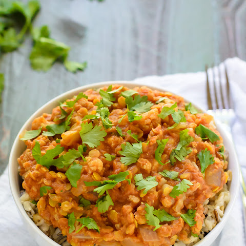 Slow Cooker Red Lentil Cauliflower Curry