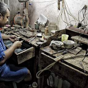ring maker by Area Duatiga Romantois - People Portraits of Men ( area23, human interest, bondowoso )