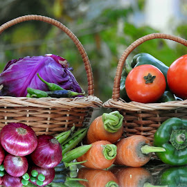Outdoor delight  by Asif Bora - Food & Drink Fruits & Vegetables