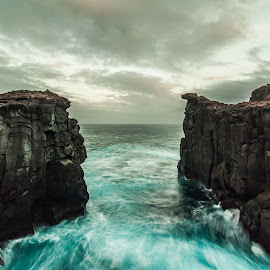 Dragon´s Lair!! by Márcio Borges - Landscapes Caves & Formations